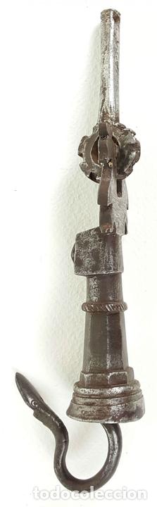 Antigüedades: HERRAJE DE CIERRE PARA BARGUEÑO. HIERRO FORJADO. SIGLO XVII-XVIII - Foto 10 - 129051995