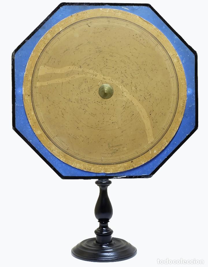 1868 - PLANISFERIO GIGANTE 70CM. LOCALIZADOR DE ESTRELLAS STARFINDER EN SOPORTE DE EXHIBICIÓN (Antigüedades - Técnicas - Otros Instrumentos Ópticos Antiguos)