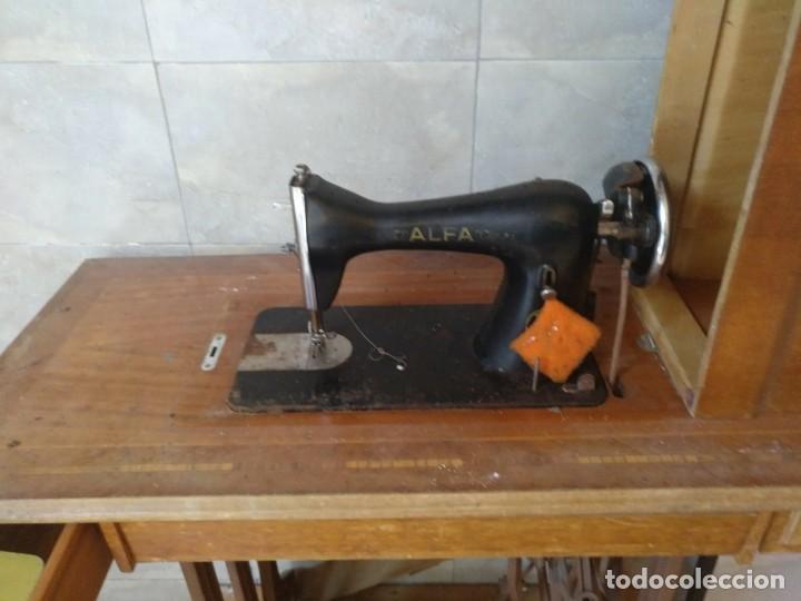 Antigüedades: Maquina de coser ALFA - Foto 2 - 129078063