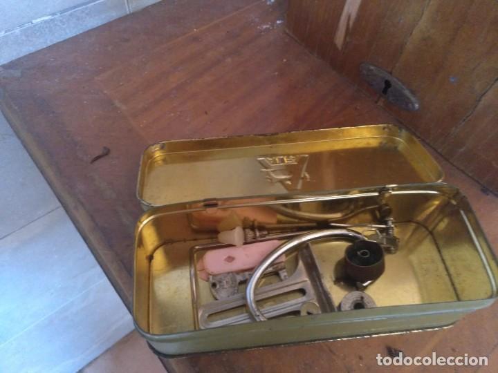 Antigüedades: Maquina de coser ALFA - Foto 3 - 129078063