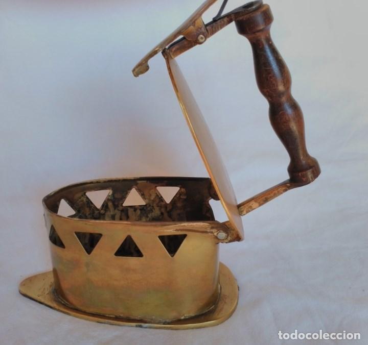 Antigüedades: RARA PLANCHA PARA CARBÓN, FABRICADA EN LATÓN. - Foto 3 - 129211159