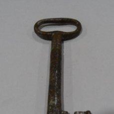 Antigüedades: LLAVE ANTIGUA FORJADA EN EL SIGLO XIX.. Lote 129554683