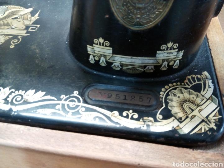 Antigüedades: Maquina de coser Singer edicion Howard Carter 1922 Escocia - Foto 3 - 129668498