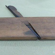 Antigüedades: ANTIGUO GUILLAMEN DE CARPINTERO EN MADERA.. Lote 129993843