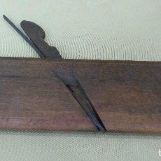 Antigüedades: ANTIGUO GUILLAMEN DE CARPINTERO EN MADERA.. Lote 129993907