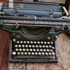 Antigüedades: MÁQUINA DE ESCRIBIR UNDERWOOD STANDARD TYPEWRITER. Lote 130033131