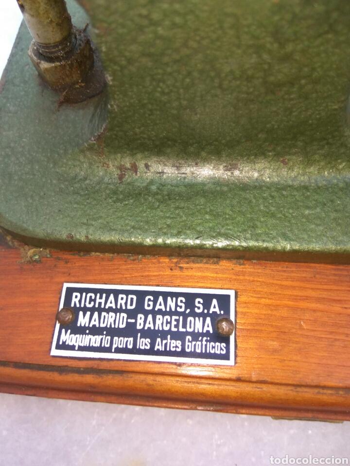 Antigüedades: GRAPADORA ARTES GRÁFICAS ROUYET - Foto 4 - 130063468