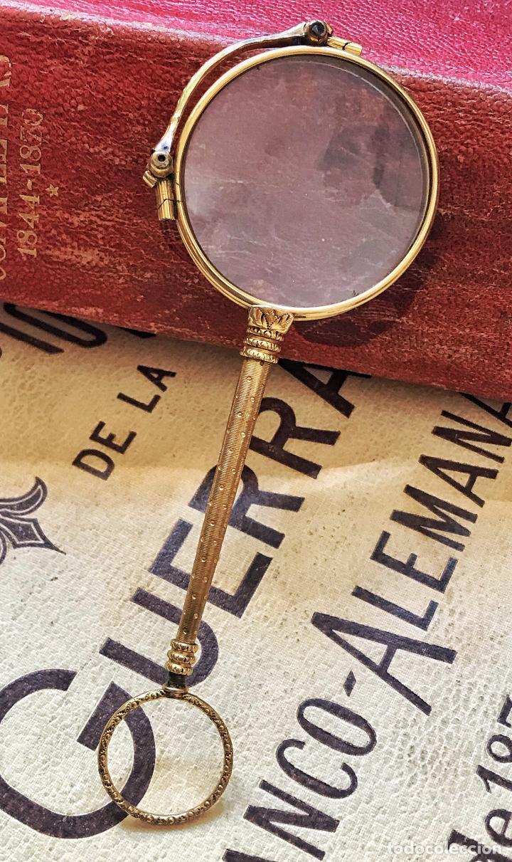GAFAS LUPA CON MECANISMO O IMPERTINENTES DE TEATRO EN ORO - SIGLO XIX - MARCADAS - VER FOTOS (Antigüedades - Técnicas - Instrumentos Ópticos - Gafas Antiguas)