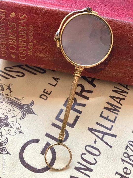 Antigüedades: Gafas lupa con mecanismo o impertinentes de teatro en oro - siglo XIX - Marcadas - Ver fotos - Foto 2 - 130066939
