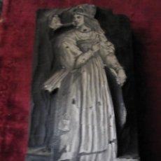 Antigüedades: SOBERBIO TACO XILOGRAFICO. S.XVIII-XIX. ¿SIBILA? 12 X 7 CM Y 2,40 GRUESO. Lote 130110175