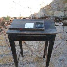 Antigüedades: MESA AUXILIAR DE IMPRENTA.. Lote 130115159