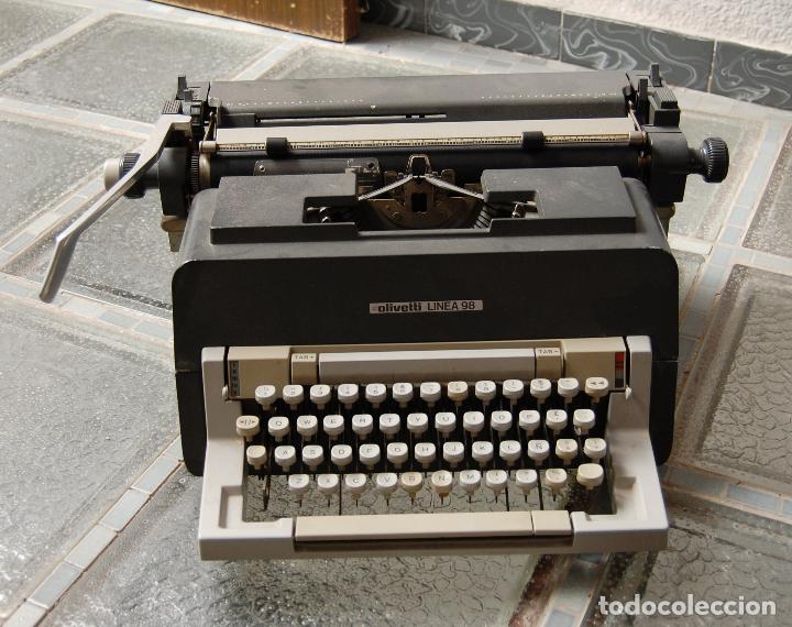 MAQUINA DE ESCRIBIR OLIVETTI LINEA 98 FUNCIONANDO (Antigüedades - Técnicas - Máquinas de Escribir Antiguas - Olivetti)