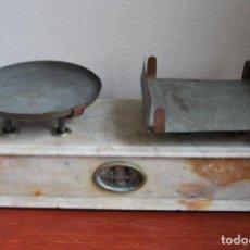 Antigüedades: ANTIGUA BÁSCULA FRANCESA DE FARMACIA - MÁRMOL - SIGLO XIX - PESO - BALANZA - EALCOT FRERES LYON. Lote 130319702