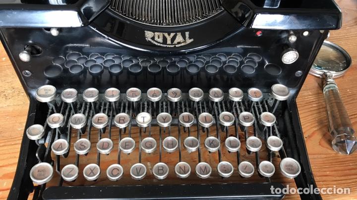 Antigüedades: Maquina Escribir Royal. Funciona. Trust Mecanográfico Madrid. Años 30 ? - Foto 3 - 172855449