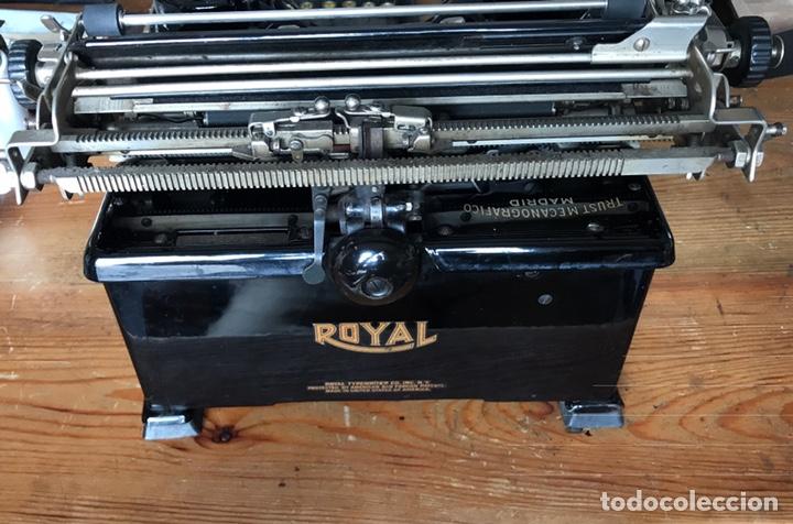 Antigüedades: Maquina Escribir Royal. Funciona. Trust Mecanográfico Madrid. Años 30 ? - Foto 9 - 172855449
