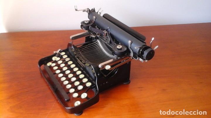Antigüedades: Máquina de escribir CORONA SPECIAL - Foto 2 - 130503786