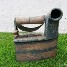 Antigüedades: PLANCHA ANTIGUA DE CARBÓN. Lote 130608586