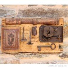 Antigüedades: ANTIGUA COMPOSICIÓN FORJA. Lote 130615354