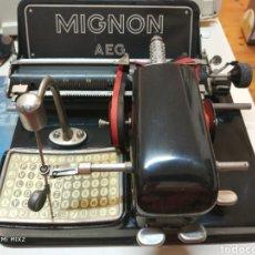Antigüedades: MAQUINA DE ESCRIBIR MIGNON N.4 ( ALEMANIA, 1924) FUNCIONANDO. Lote 130710995