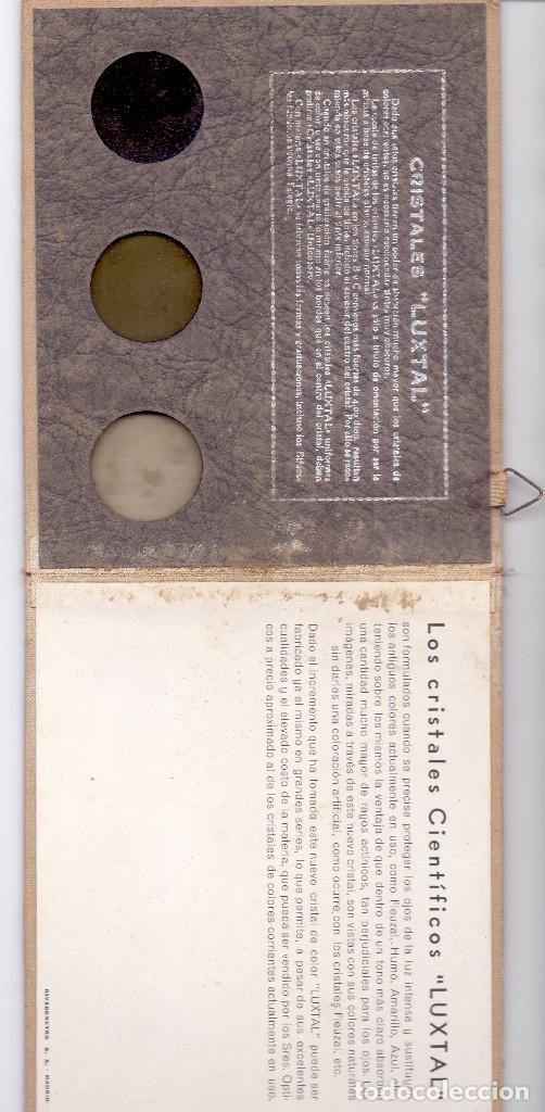 Antigüedades: MUESTRARIO LENTES LUXTAL CARLOS CUYAS AÑOS 30 PRE GUERRA CIVIL PRECIOSO Y CASI NUEVO - Foto 2 - 130792812