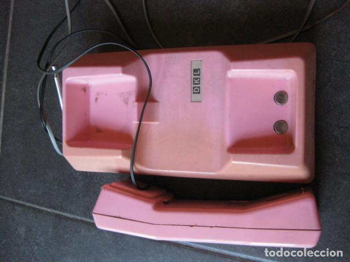 Teléfonos: antiguo bonito telefono de sobremesa y con soporte pared rosa DKL , sin probar , buen estado vintage - Foto 2 - 192147661