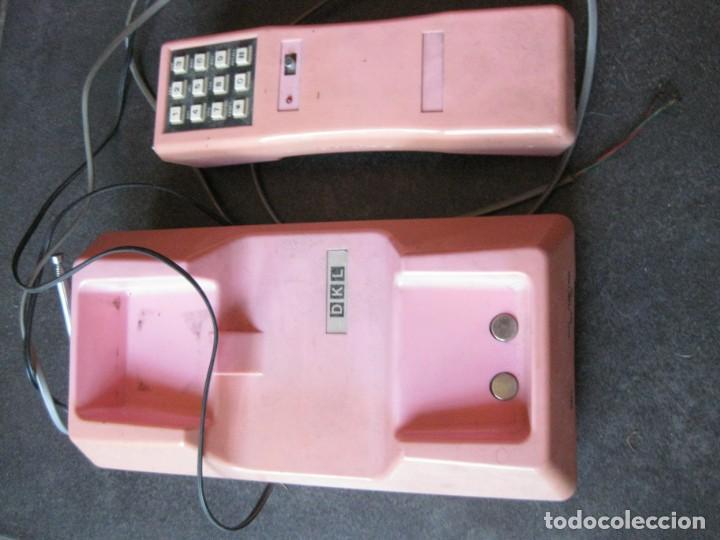 Teléfonos: antiguo bonito telefono de sobremesa y con soporte pared rosa DKL , sin probar , buen estado vintage - Foto 3 - 192147661