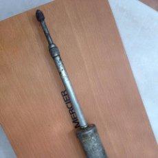 Antigüedades: ANTIGUA HERRAMIENTA ENGRASADOR, ACEITE, TALLER MECANICO O SIMILAR, CALIDAD, COLECCION. Lote 131079796