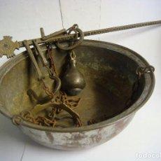 Antigüedades: ANTIGUA BASCULA BALANZA ROMANA DE HIERRO (#). Lote 131120756