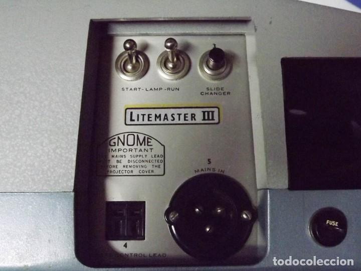 Antigüedades: Proyector Gnome Litemaster III funda original, mando a distancia cable - Foto 3 - 189338643