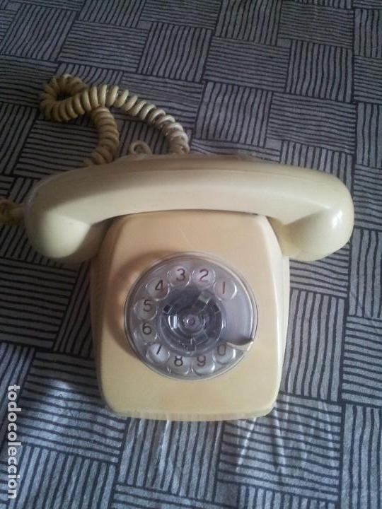 TELÉFONO AÑOS 60-70 DE SOBREMESA (MODELO HERALDO) (Antigüedades - Técnicas - Teléfonos Antiguos)