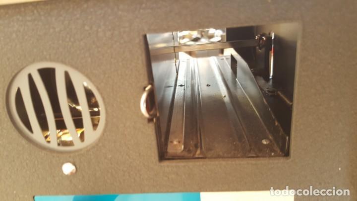 Antigüedades: Proyector de diapositivos Cabinat Sunlit - Foto 8 - 131949178
