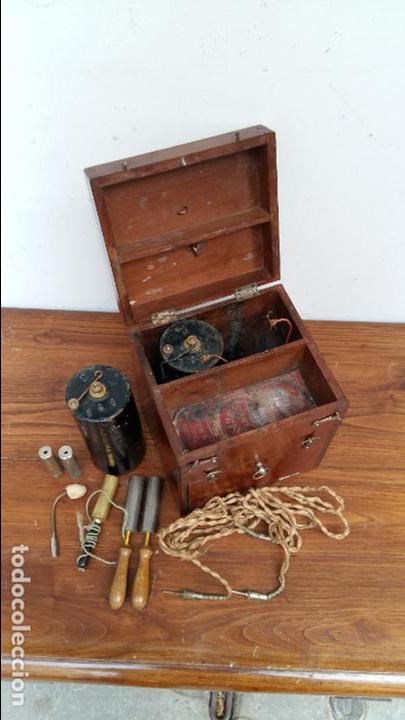 Antigüedades: APARATO DE TERAPIA ELECTRICA R. CH. HELLER. S. XIX - Foto 2 - 131996242