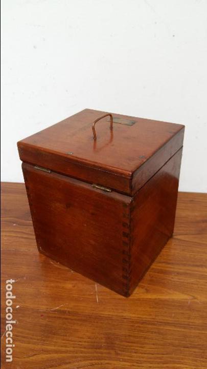 Antigüedades: APARATO DE TERAPIA ELECTRICA R. CH. HELLER. S. XIX - Foto 7 - 131996242