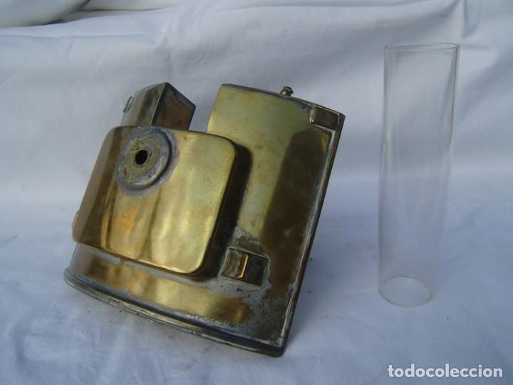 Antigüedades: Quinque en laton para farol ferroviario o naval - Foto 2 - 132029686