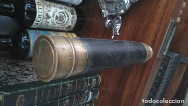 Antigüedades: Antiguo catalejo telescopio 4 cuerpos latón funcionando - Foto 4 - 132063954