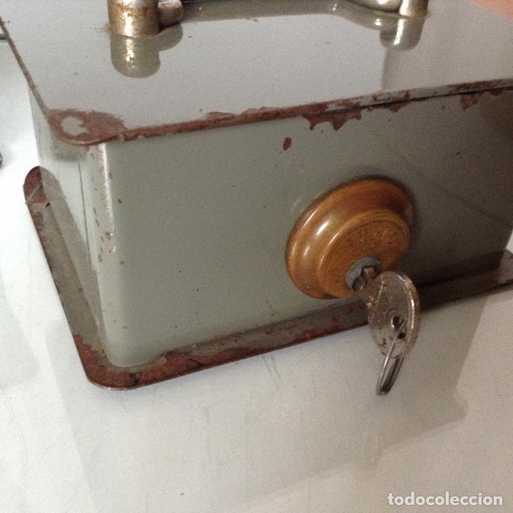 Antigüedades: Antiguas cajas de caudales - Foto 4 - 132098634