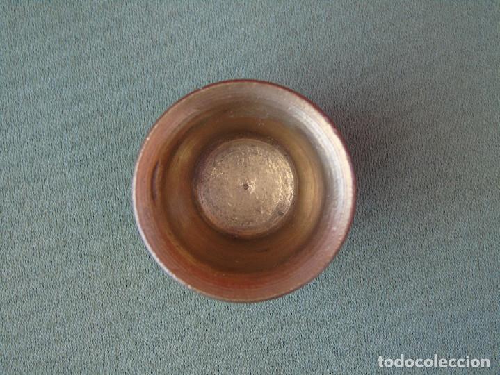 Antigüedades: ANTIGUO PEQUEÑO MORTERO DE BRONCE. 3,25CM ALTO. - Foto 3 - 132285102