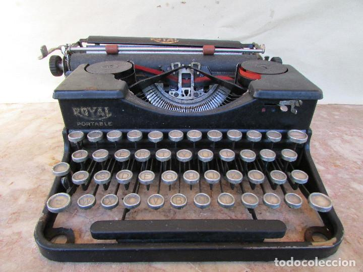 MÁQUINA DE ESCRIBIR PORTÁTIL ROYAL PORTABLE. AÑOS 1930. FUNCIONA (Antigüedades - Técnicas - Máquinas de Escribir Antiguas - Royal)