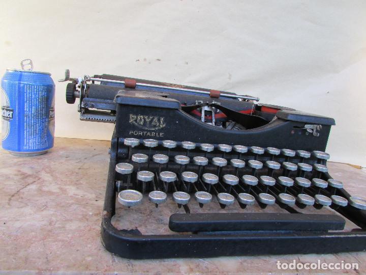 Antigüedades: Máquina de escribir portátil ROYAL PORTABLE. Años 1930. Funciona - Foto 11 - 132355634