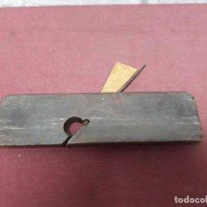 Antigüedades: HERRAMIENTA DE CARPINTERO...CEPILLO ACANALADOR.... Lote 132528486