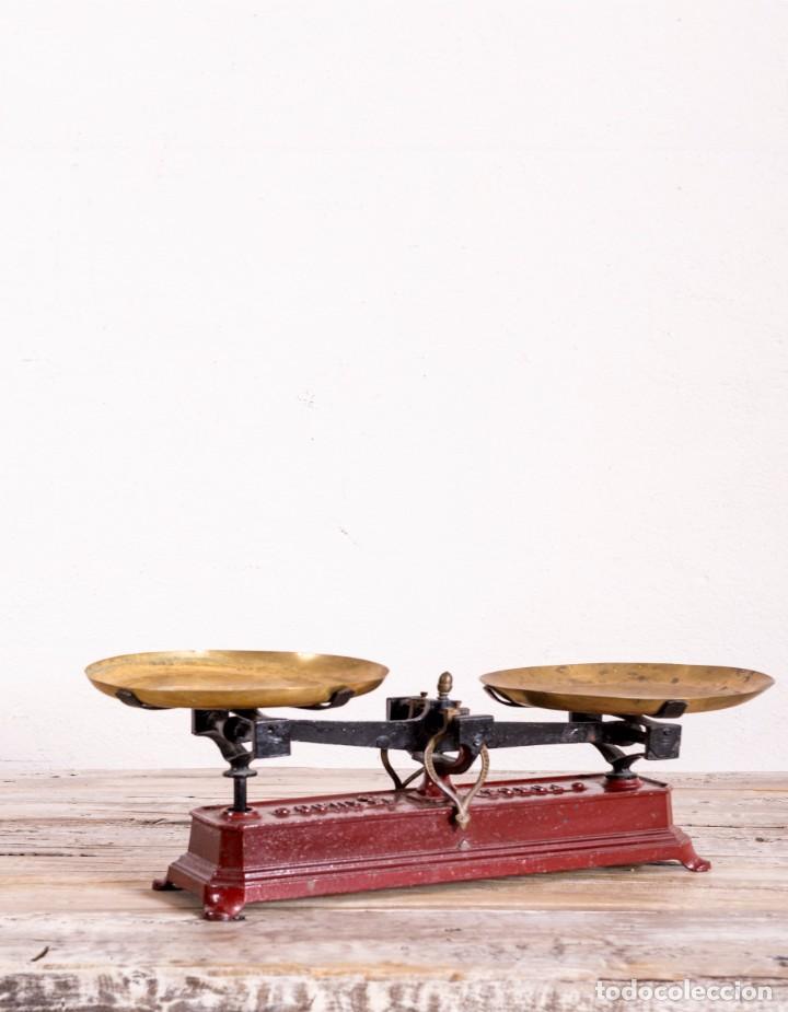 Antigüedades: Balanza Antigua De Hierro Fundido - Foto 2 - 132728086