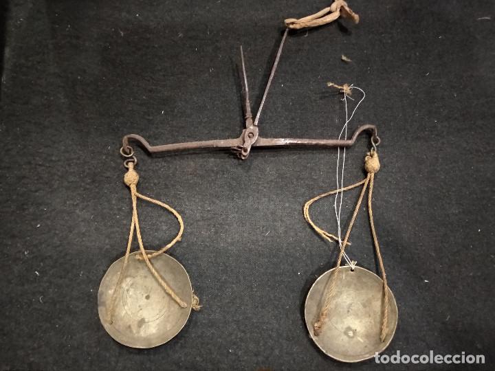 ANTIGUA BALANZA PARA PESAR ORO (Antigüedades - Técnicas - Medidas de Peso - Balanzas Antiguas)