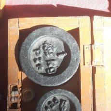 Antigüedades: JUEGO PESAS ANTIGUAS. Lote 132783321