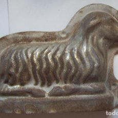 Antigüedades: MOLDE PASTELERIA CORDERO DE PASCUA TIPICO SEMANA SANTA. Lote 132812638