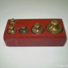 Antigüedades: JUEGO DE PESAS PARA BASCULA.. Lote 132821210