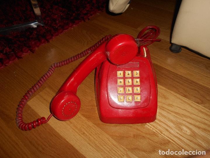 ANTIGUO TELÉFONO ROJO DE TECLAS MODELO HERALDO CITESA MÁLAGA CON TOMA ACTUAL FUNCIONANDO AÑOS 60 70 (Antigüedades - Técnicas - Teléfonos Antiguos)