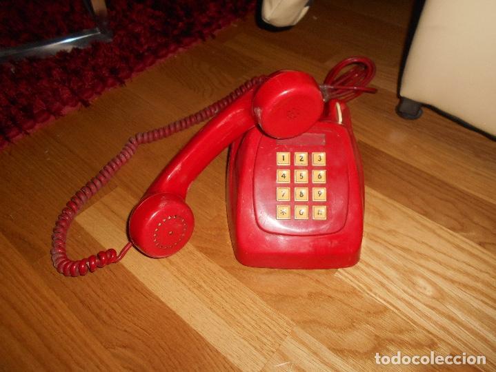 Teléfonos: Antiguo teléfono rojo de teclas modelo HERALDO Citesa Málaga con toma actual Funcionando AÑOS 60 70 - Foto 2 - 132828510
