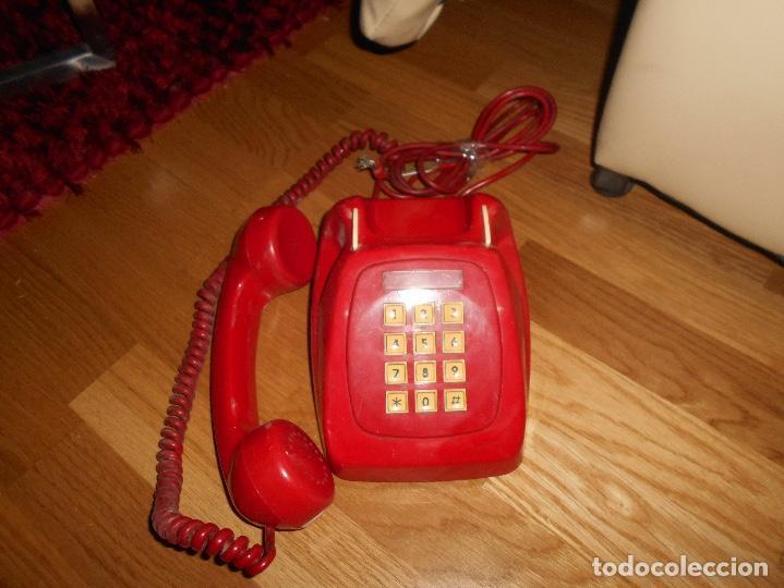 Teléfonos: Antiguo teléfono rojo de teclas modelo HERALDO Citesa Málaga con toma actual Funcionando AÑOS 60 70 - Foto 4 - 132828510