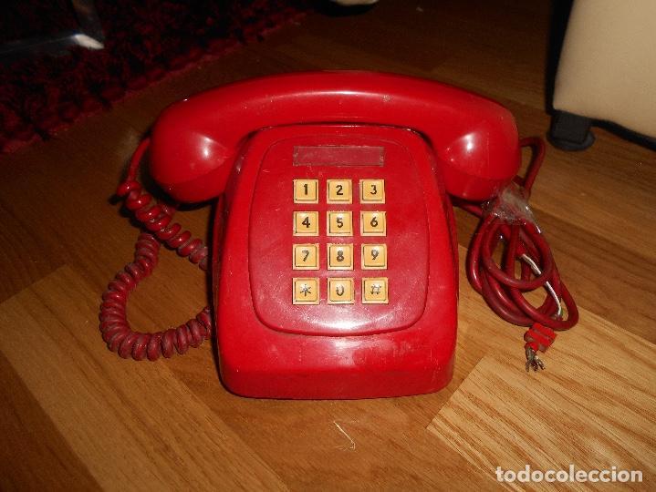 Teléfonos: Antiguo teléfono rojo de teclas modelo HERALDO Citesa Málaga con toma actual Funcionando AÑOS 60 70 - Foto 7 - 132828510