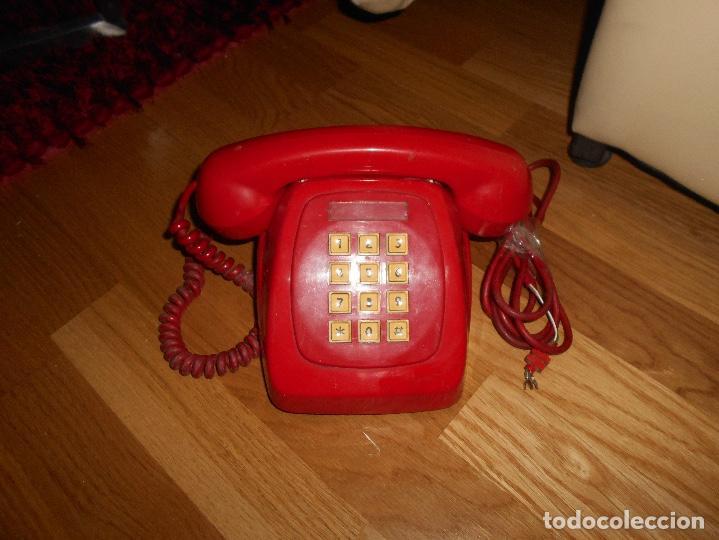 Teléfonos: Antiguo teléfono rojo de teclas modelo HERALDO Citesa Málaga con toma actual Funcionando AÑOS 60 70 - Foto 8 - 132828510